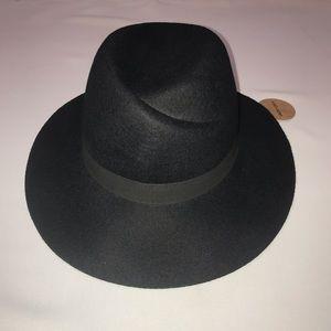 NWT Jack + Lucy Adjustable Wool Hat
